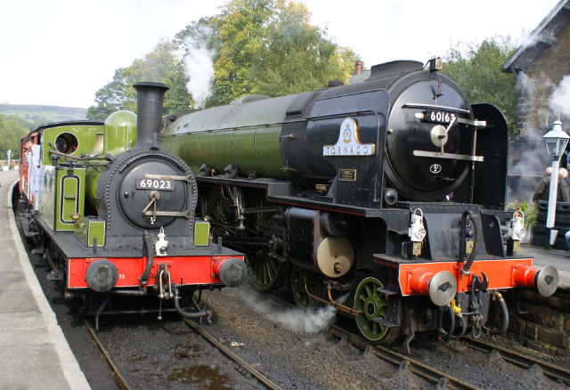 Joem and Tornado playing Thomas and Gordon at Grosmont 2nd October. 'I wish I had your cleaner.' said Joem 'Mine left my rods and burnished hinges all rusty.' - Ron Robinson
