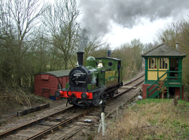 J72 running round at Nunnery - Sally Halls