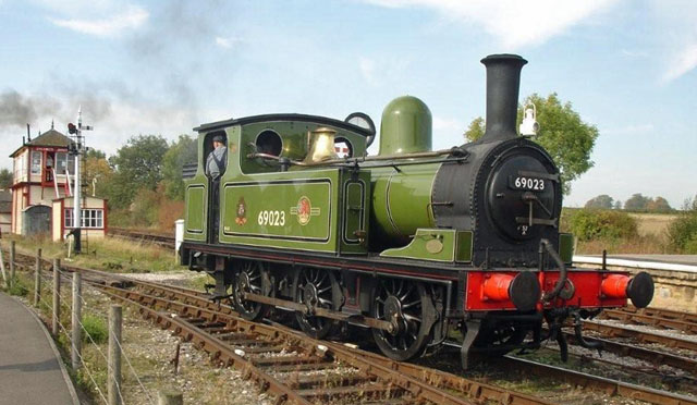 Running round at Swanwick Junction - Fred Ramshaw