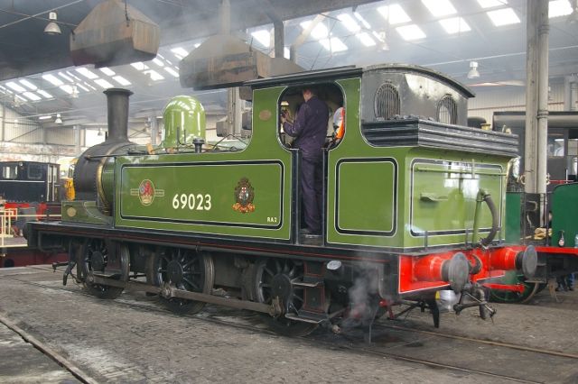 Joem being prepared for the days duties in the Roundhouse at Barrow Hill (14 April 2012) - Chris Lawson