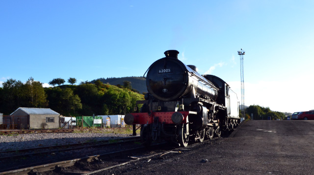 The K1 in light steam at Tom na Faire depot on 29th September with the battle memorial and Cow Hills in the background - Iain Cordeux