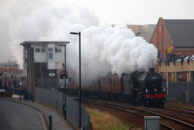 The K1 passing Redcar central -  Dave Pearson
