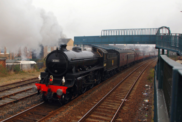 The B1 leaving Redcar Central - Dave Pearson