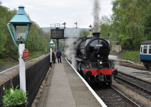 Awaiting departure from Grosmont - Colin Smith