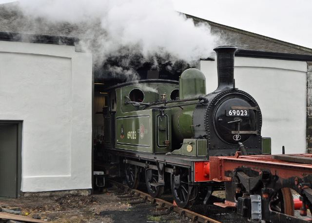The J72 raising steam outside door to Hopetown Carriage Works - Colin Smith