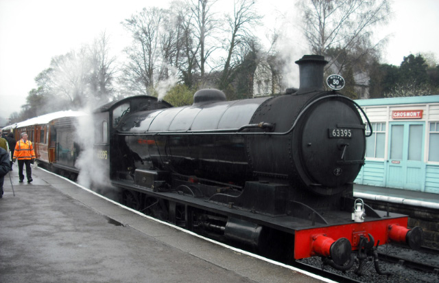 Grosmont 63395 arrives light engine for Tea Train - John Midcalf