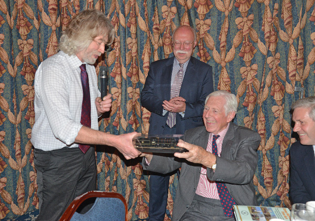 Paul Hutchinson presents George Nissen with a model of the K1 - John Hunt