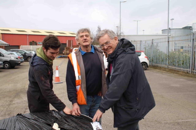 New smokebox arrival and inspection LNWR Crewe Richard Watins (centre) Chris lawson (right) 15th February -Dave Pennoc